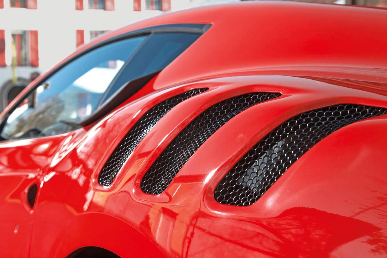 El Ferrari F12 tdf, a prueba