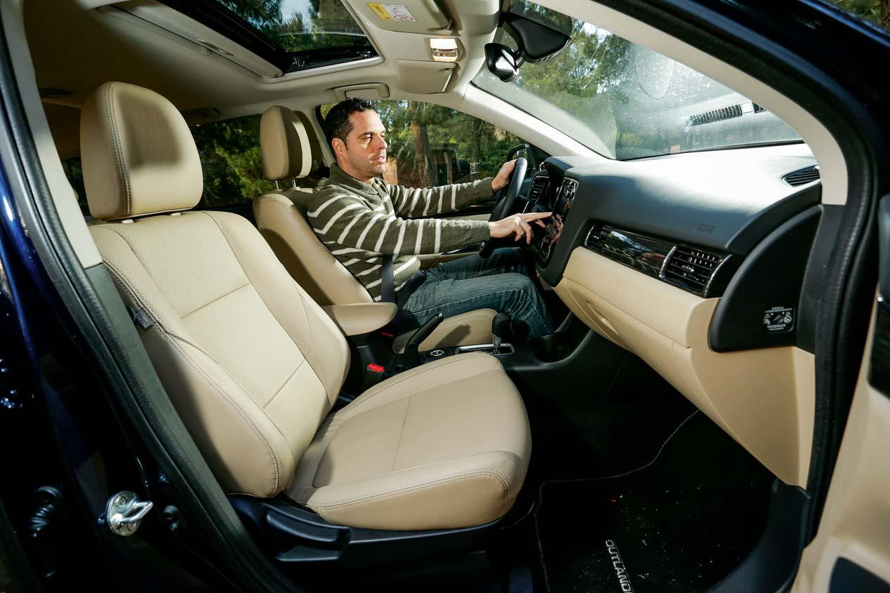Mitsubishi Outlander 220 DI-D 4WD Aut. 7 plazas, prueba en imágenes