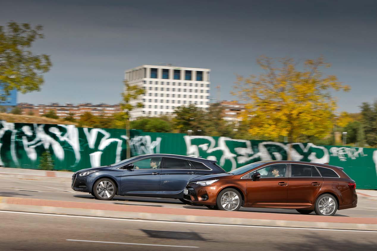 Comparativa Hyundai i40 CW y Toyota Avensis Touring Sports