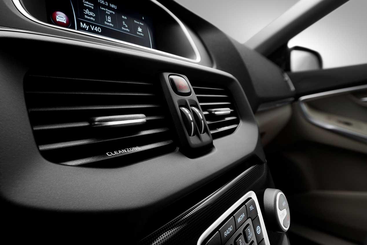Volvo V40 2016, profunda renovación