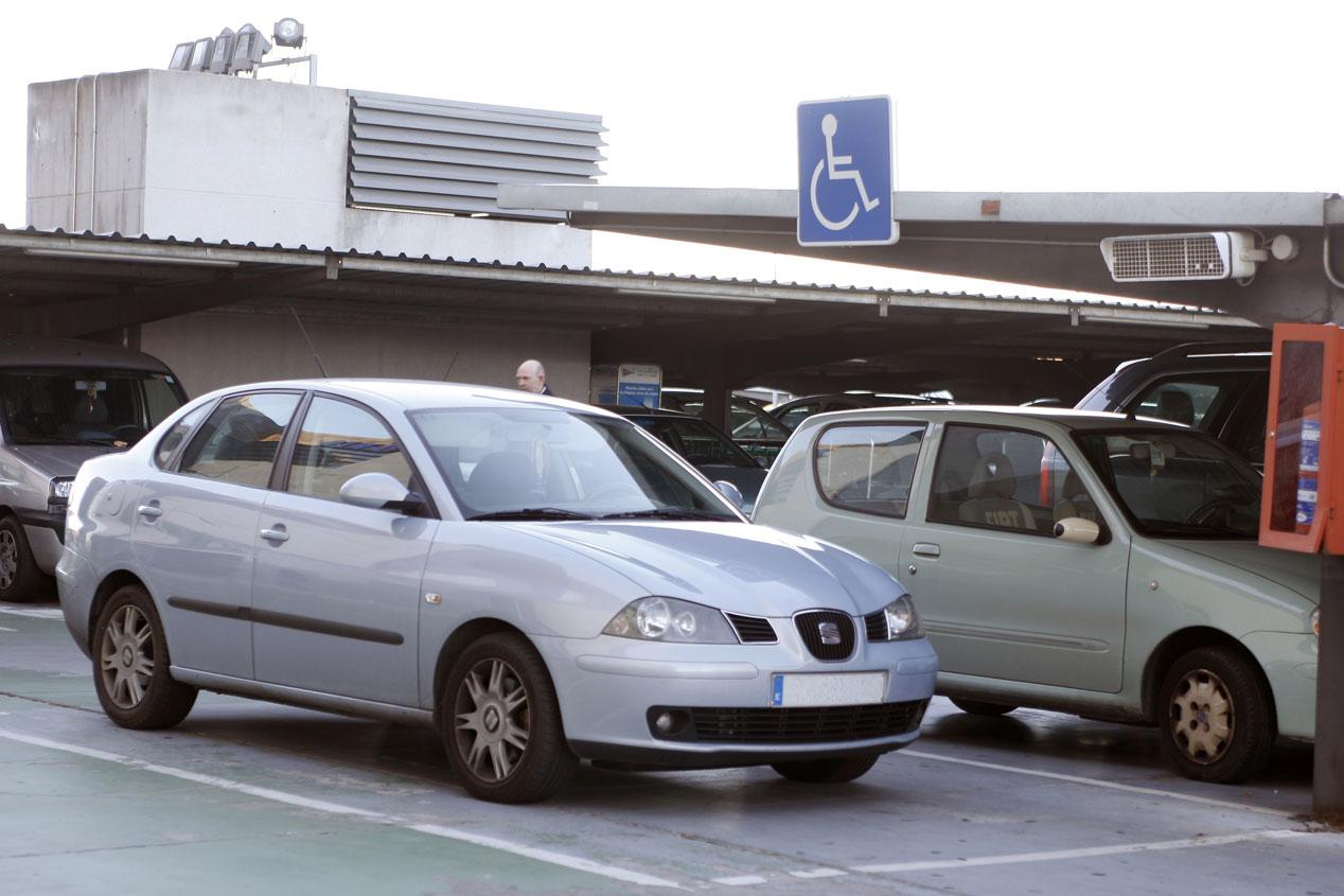 Malos hábitos en un parking
