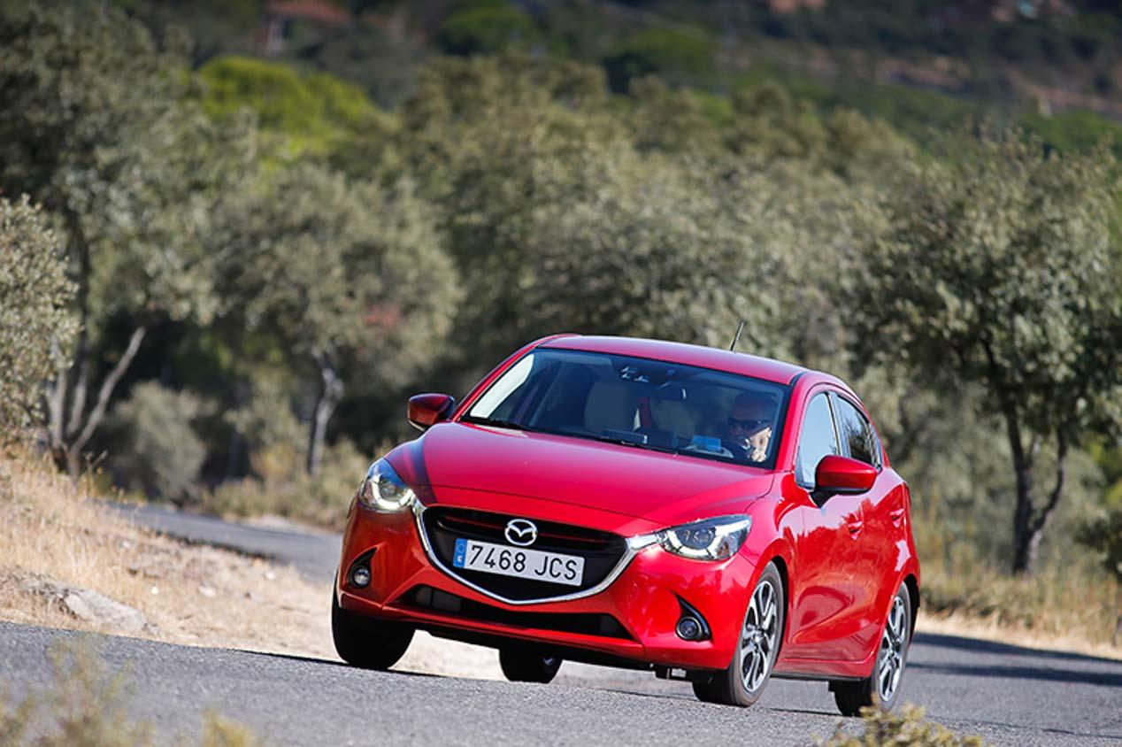 Mazda 2 y Peugeot 208, duelo de pequeños motores de gasolina