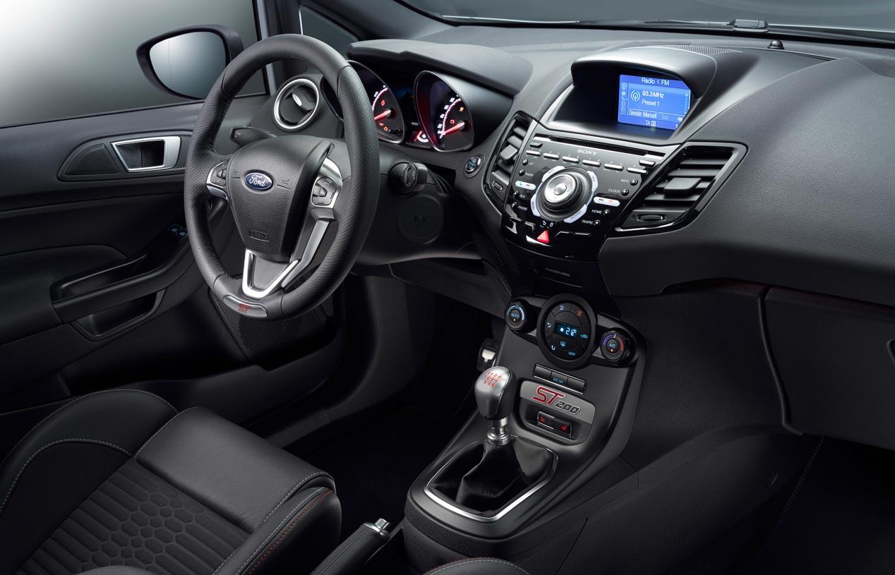 Ford Fiesta ST200, más deportivo y con 200 CV
