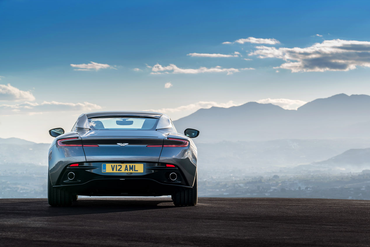 Aston Martin DB11, para la próxima de James Bond