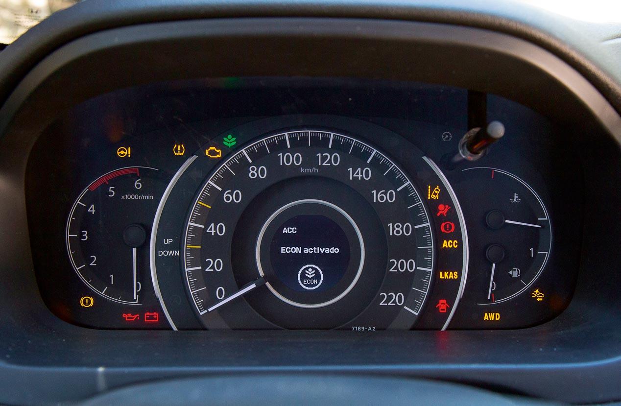 Mitsubishi Outlander & Honda CR-V: duelo de SUV japoneses