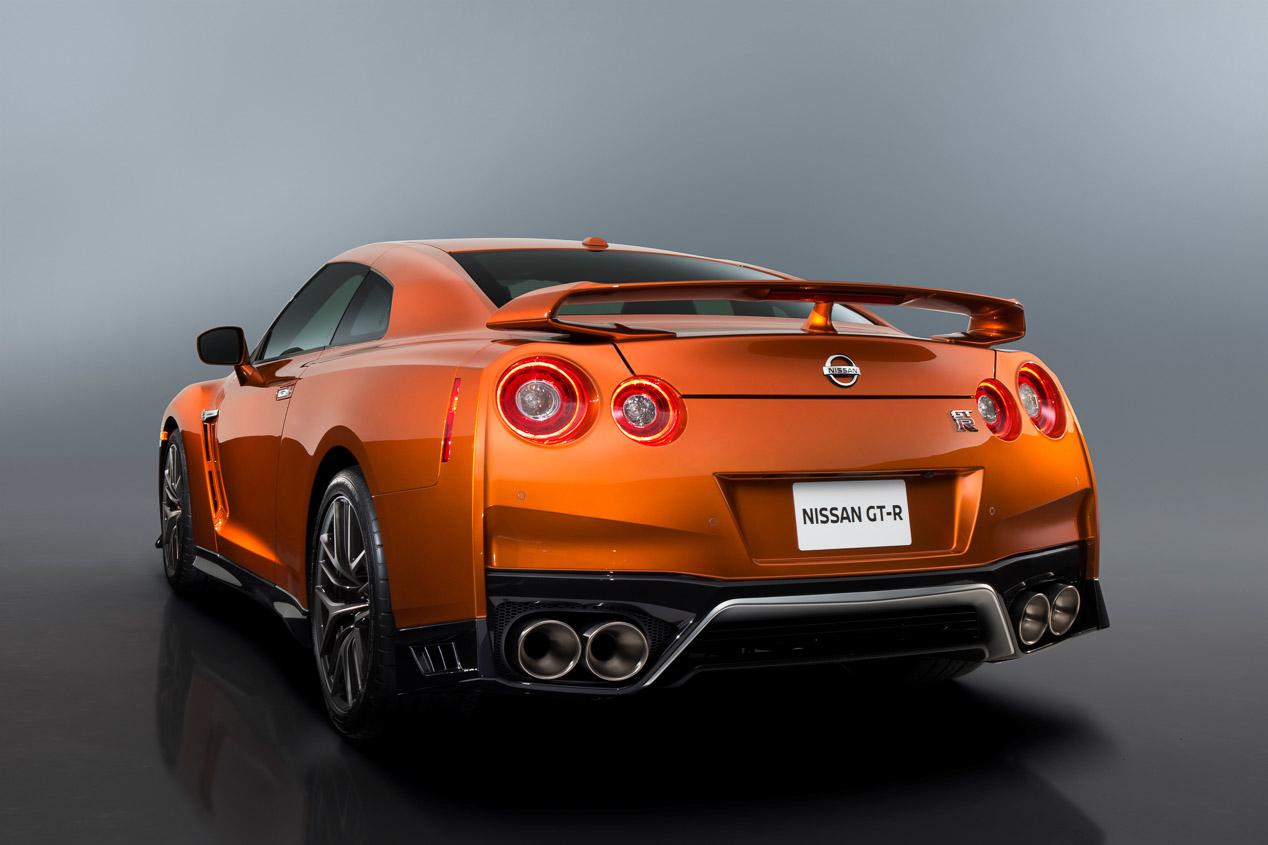 Nissan GT-R 2017: el deportivo se actualiza