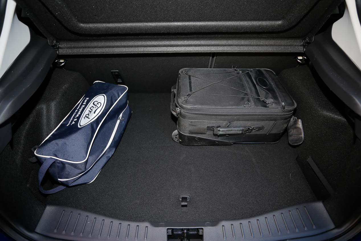 Ford Focus 1.0 EcoBoost 125, Kia cee'd 1.0 T-GDi Eco-Dynamics y Toyota Auris 1.2T 120