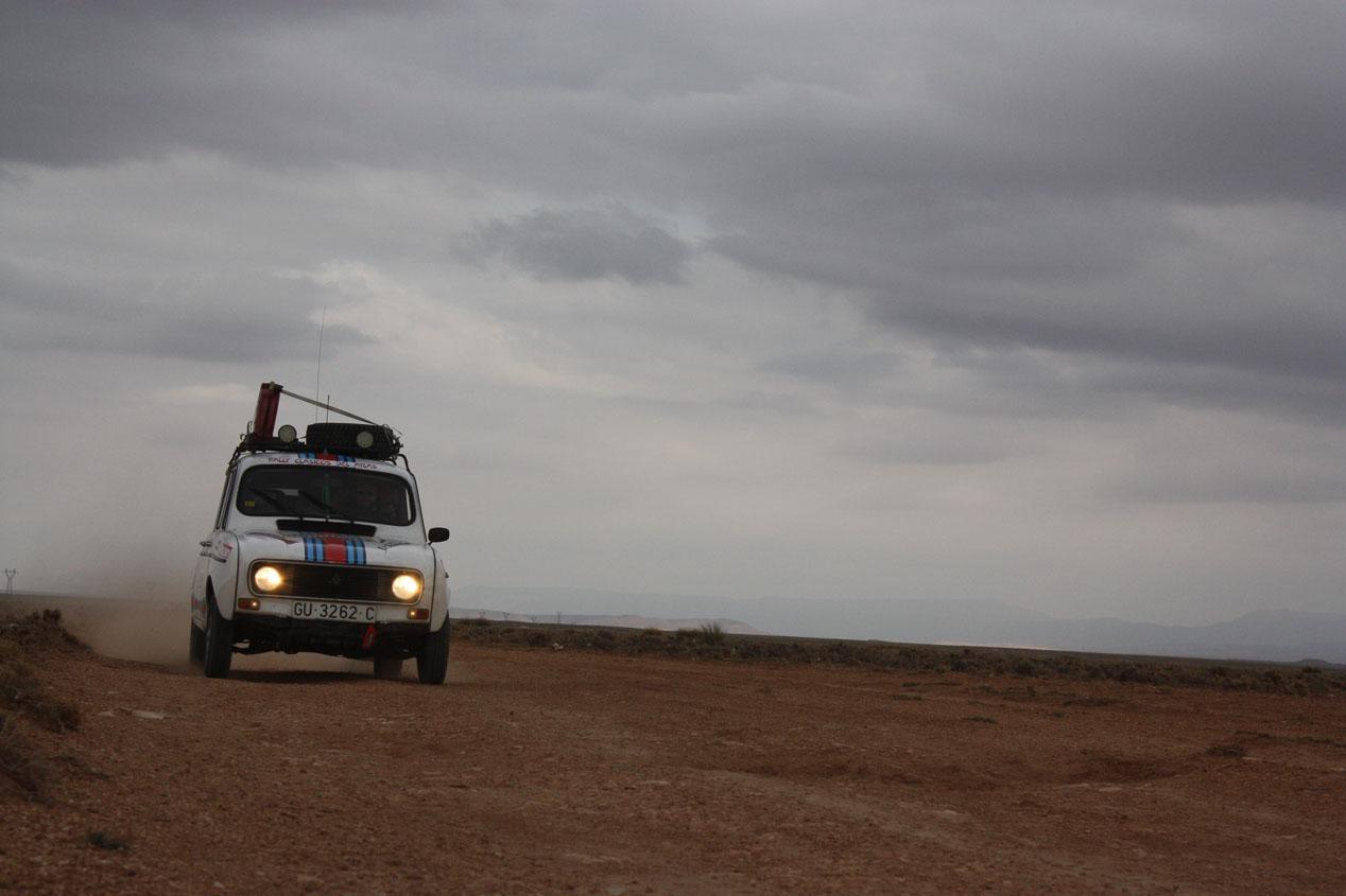 Participamos con un 4 Latas en el Rally Clásicos del Atlas