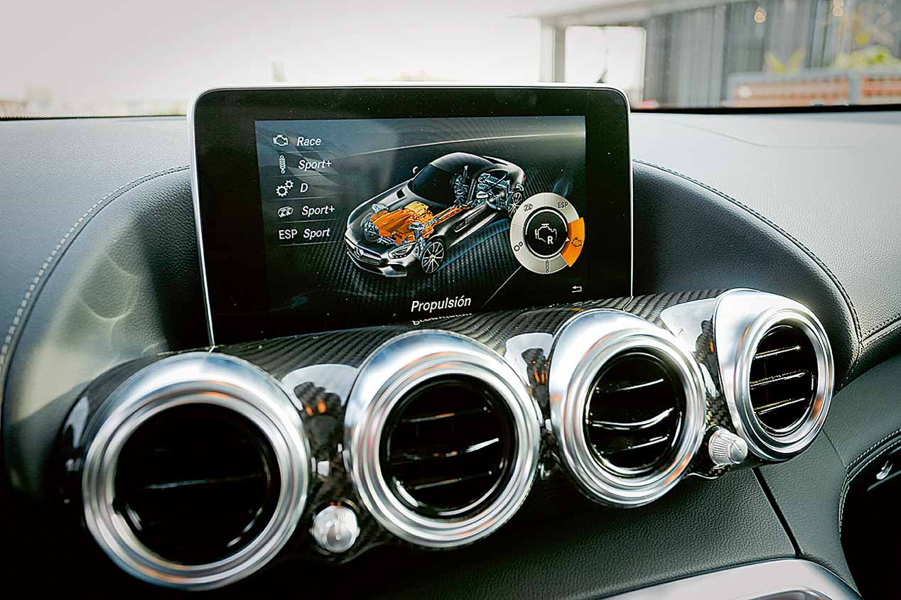 Mercedes AMG GT S fotos