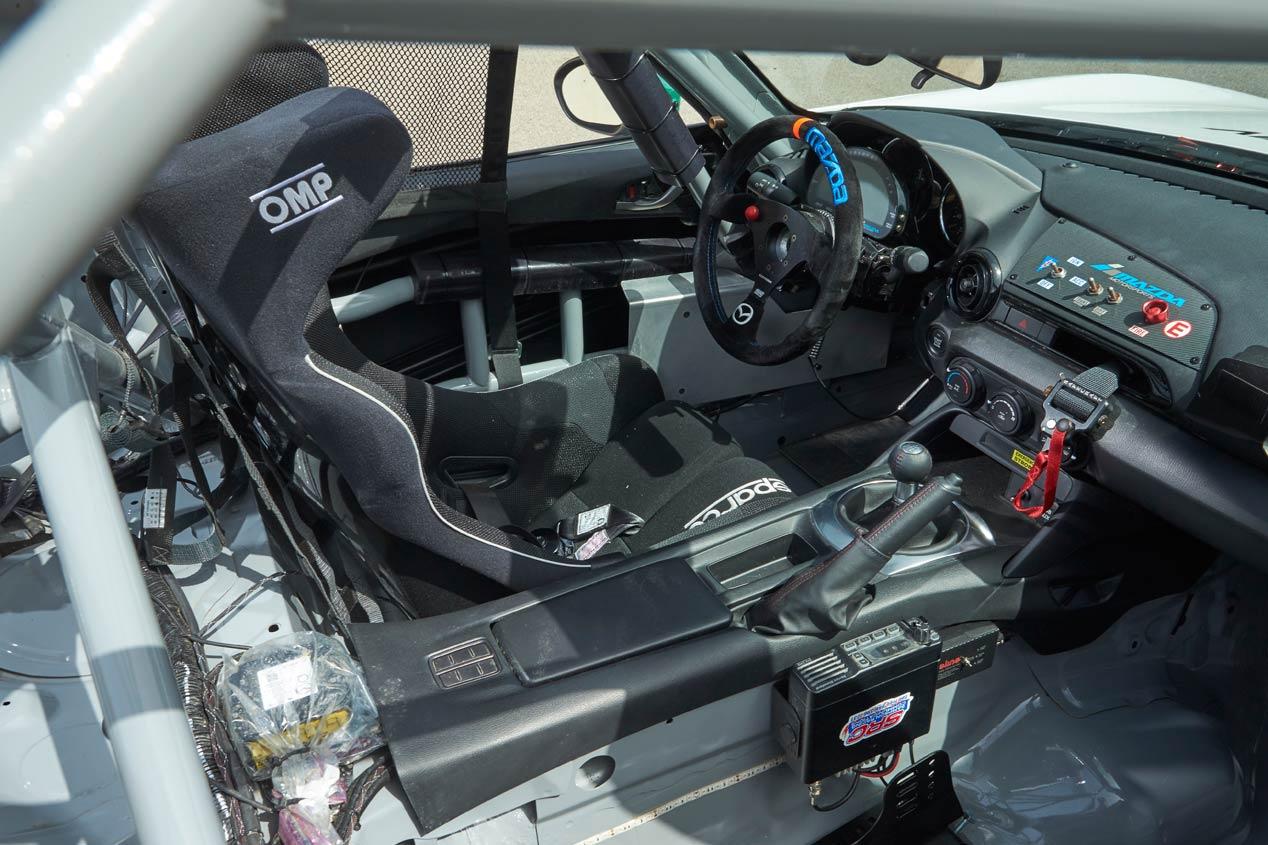 Mazda MX-5 Cup, ¡qué divertido!