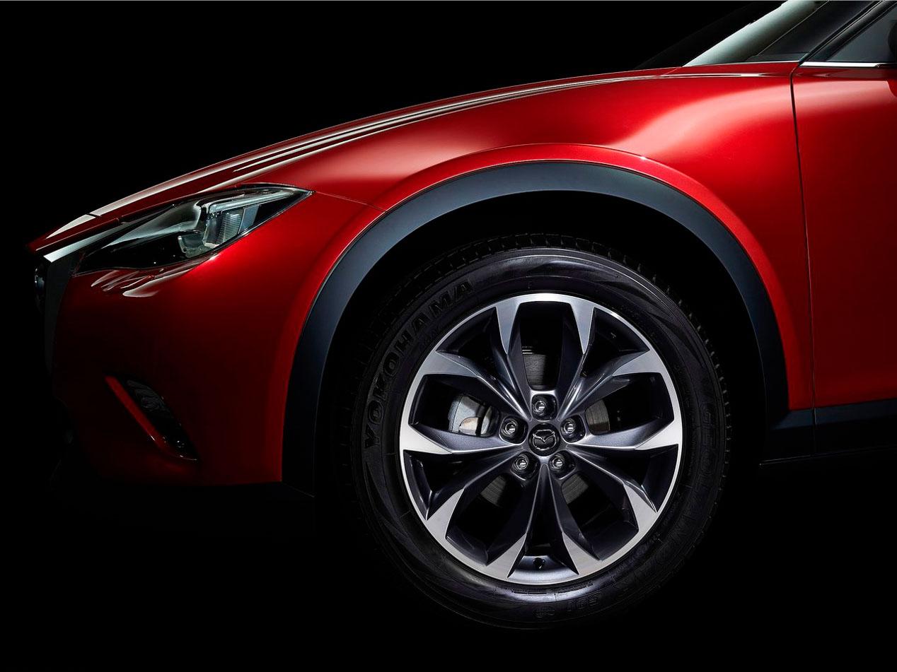 Mazda presenta el CX-4 en el Salón de Pekín