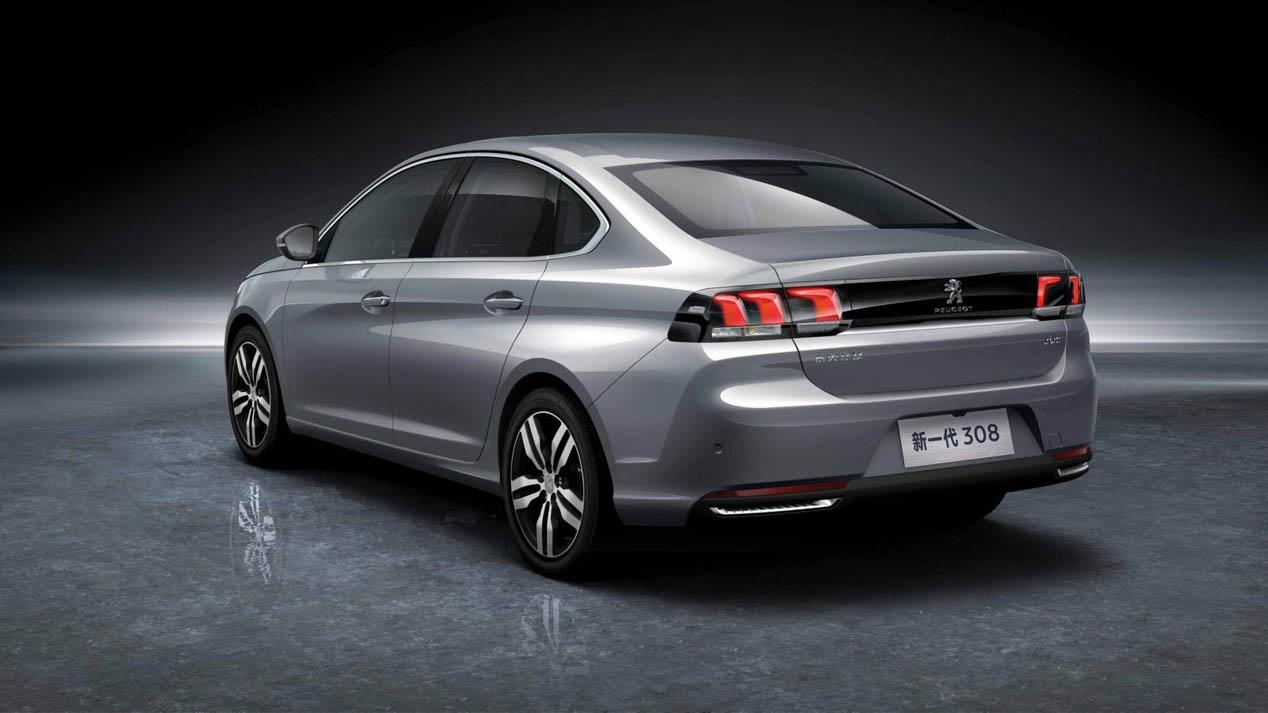 Peugeot 308 sedán en Pekín