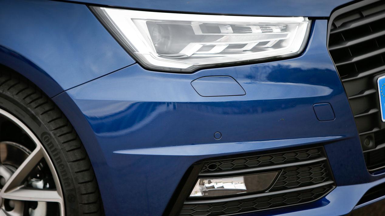 Title: Mini One 5p. frente a Audi A1 Sportback 1.0 TFSi Ultra