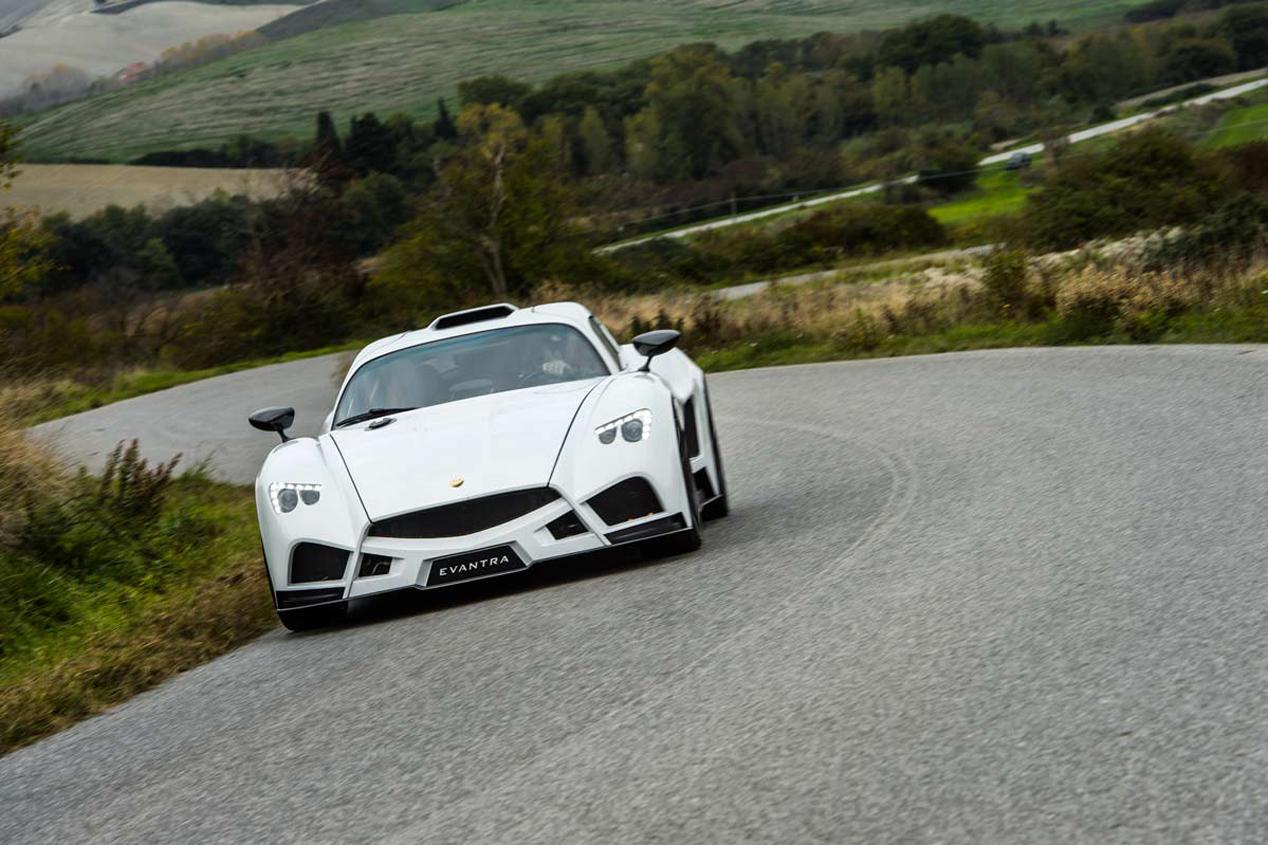 Mazzanti Evantra: el super coche italiano artesanal