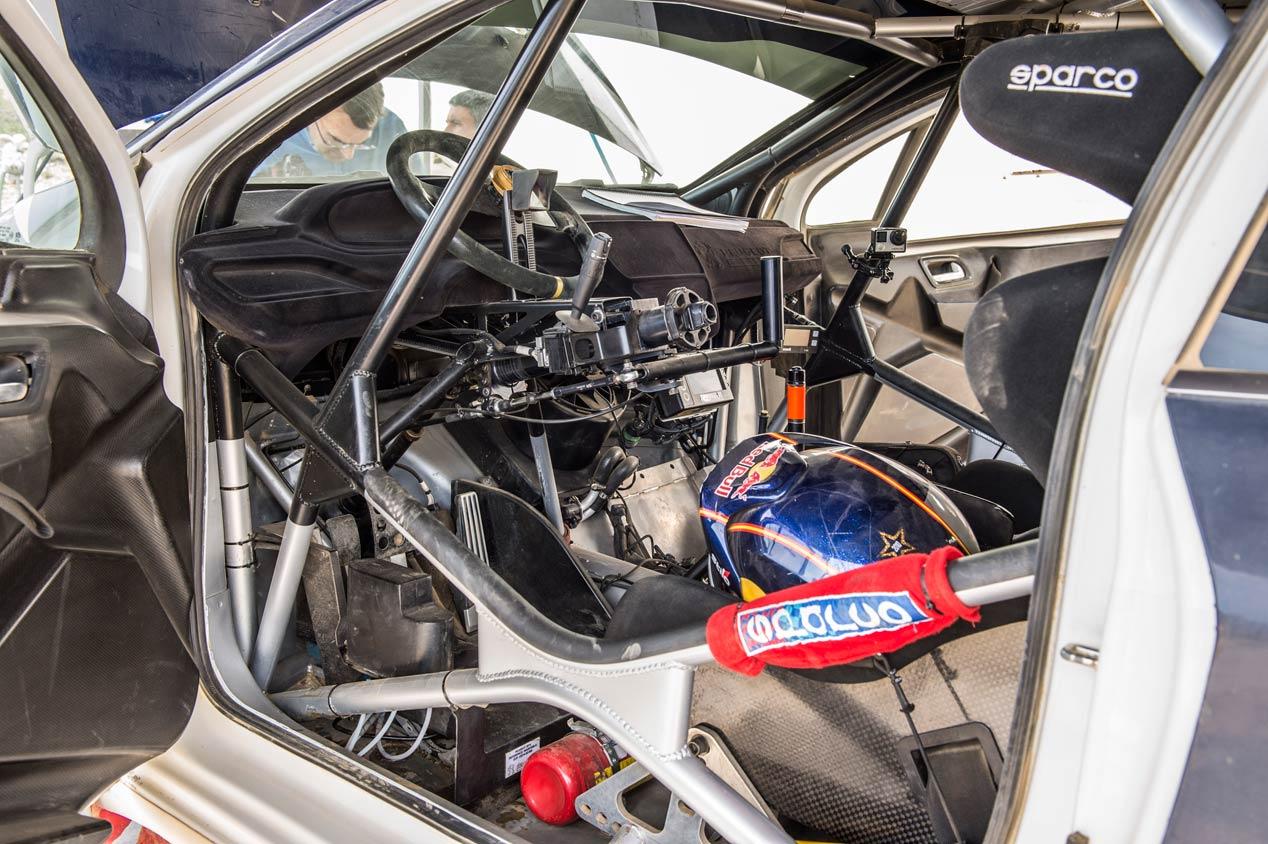 Una jornada de test con Cohete Suárez y el Peugeot 208 T16 R5 en Portugal