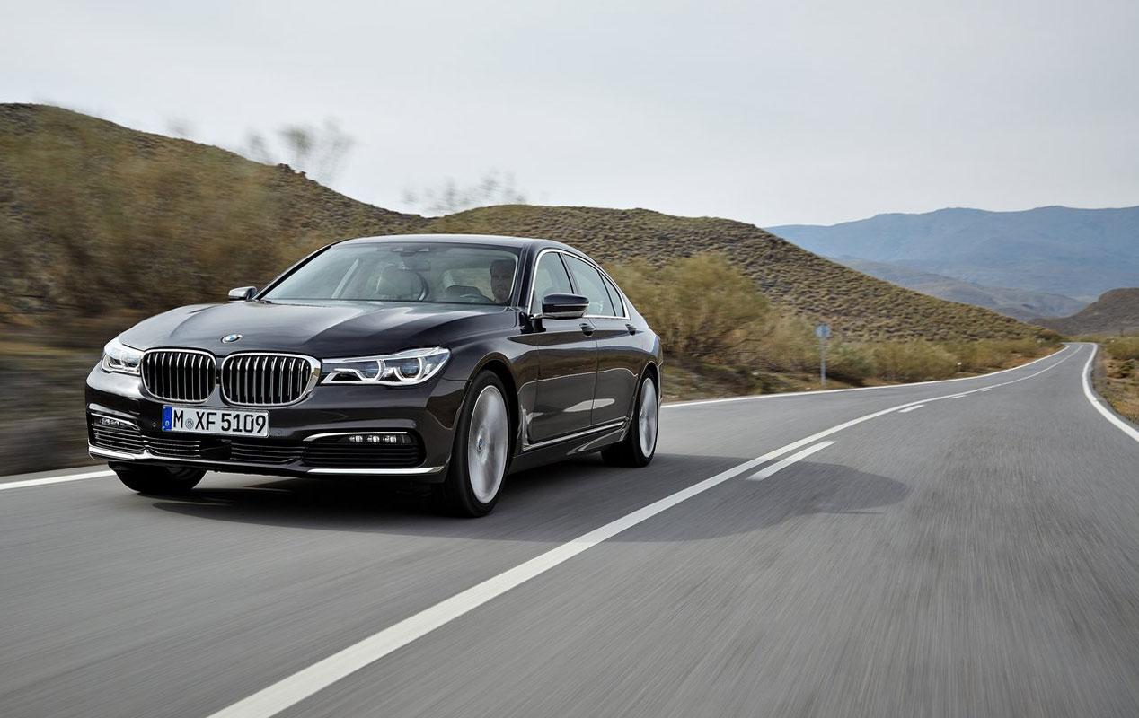 Analizamos los faros adaptativos de Audi, Mercedes, BMW y Volvo