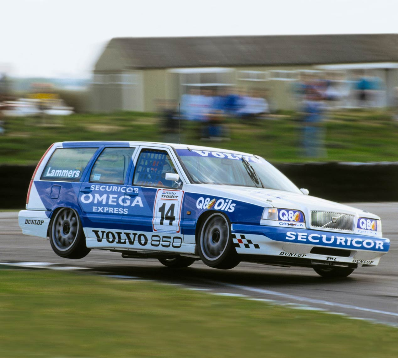 Volvo 850 familiar de carreras