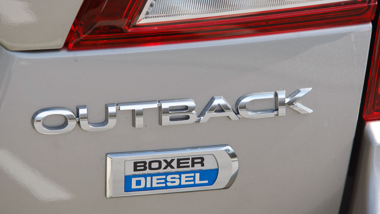 Subaru Outback 2.0 TD Lineartronic vs VW Passat Alltrack 2.0 TDI/190 DSG