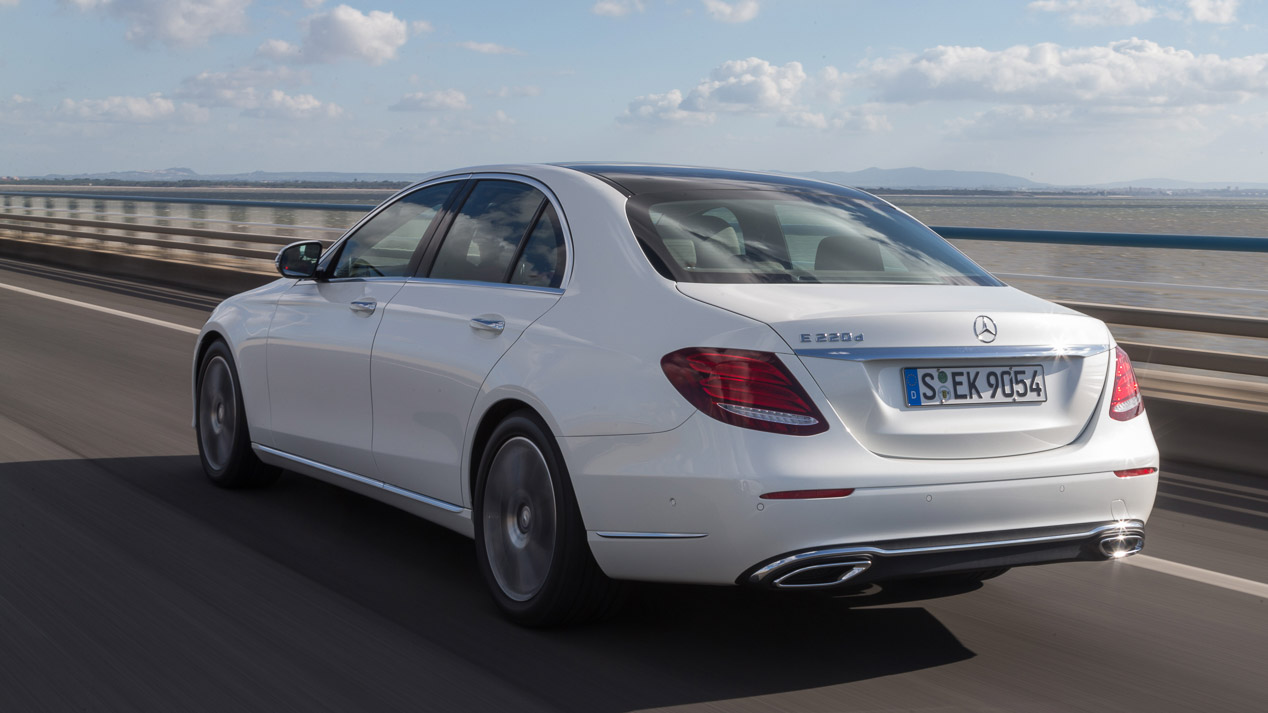 Mercedes E 220 d, punto de referencia entre sus rivales