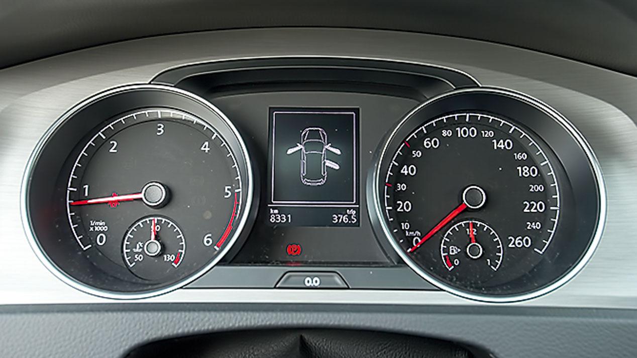 Guía de compra: VW Golf vs Seat León, ¿cuál es mejor?