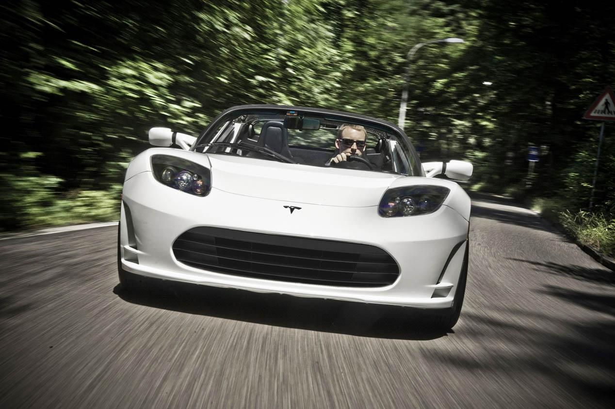 Tesla Roadster, mayor autonomía para el descapotable eléctrico