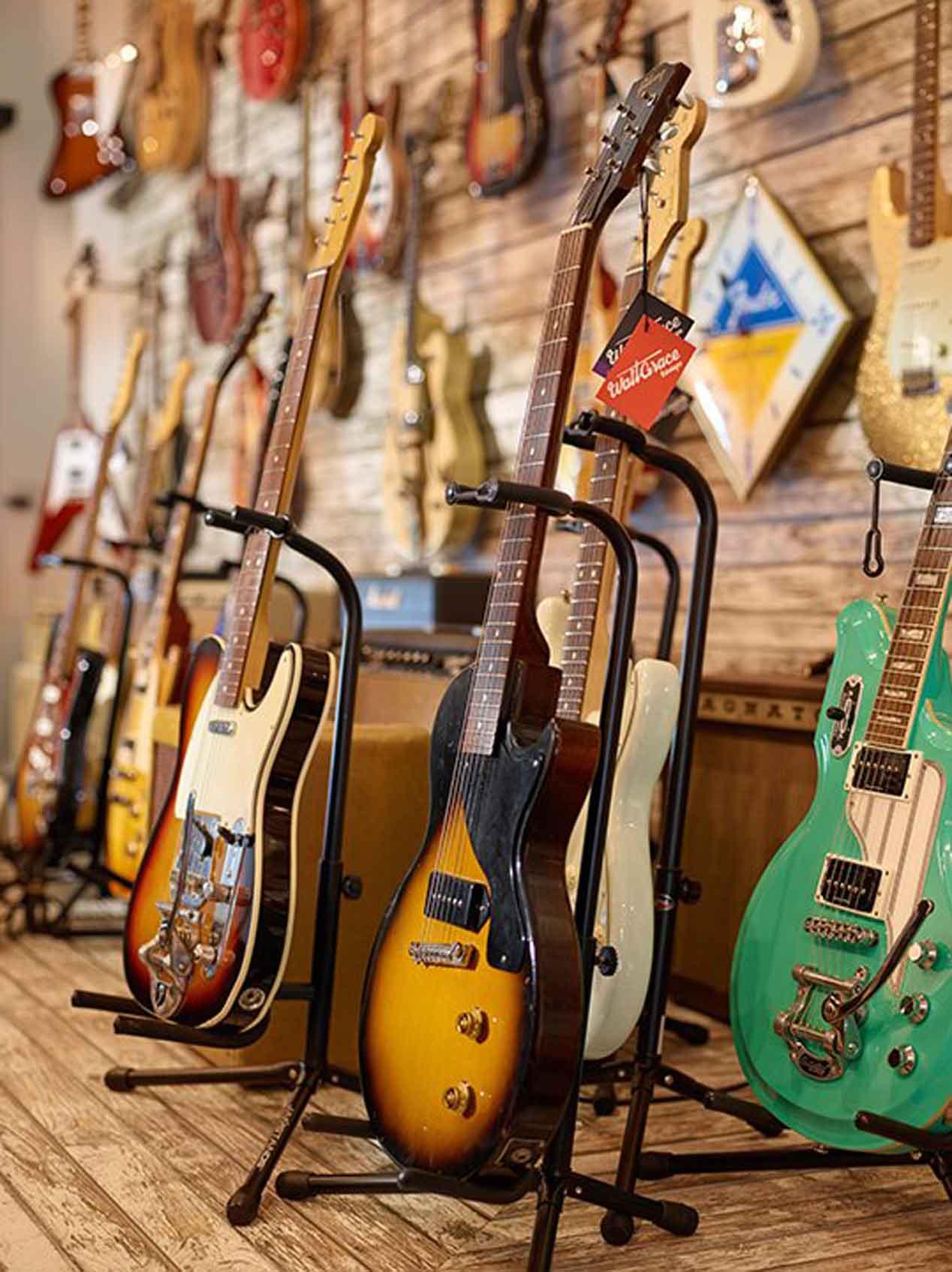Coches y Guitarras bajo un mismo techo: así es la galería Walt Grace Vintage