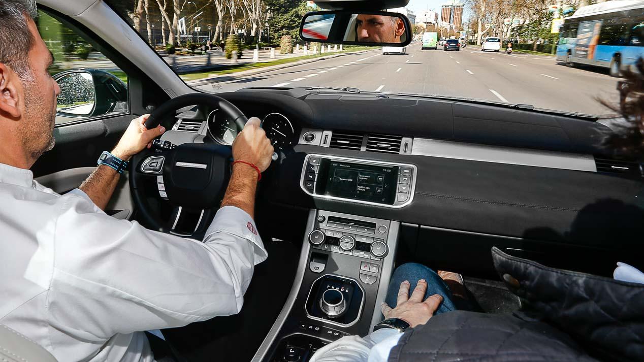 Probadores con estrella, Paco Roncero prueba un Land Rover Evoque