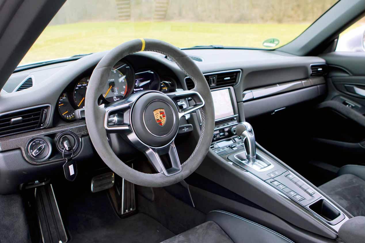 El Porsche 911 GT3 RS de Max Verstappen