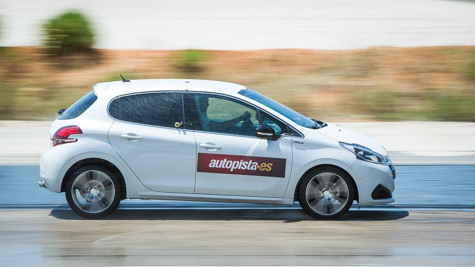 Neumáticos a prueba: primera marca contra low cost