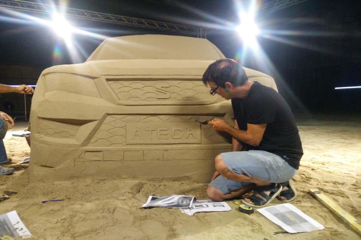 Así es el Seat Ateca... ¡de arena!
