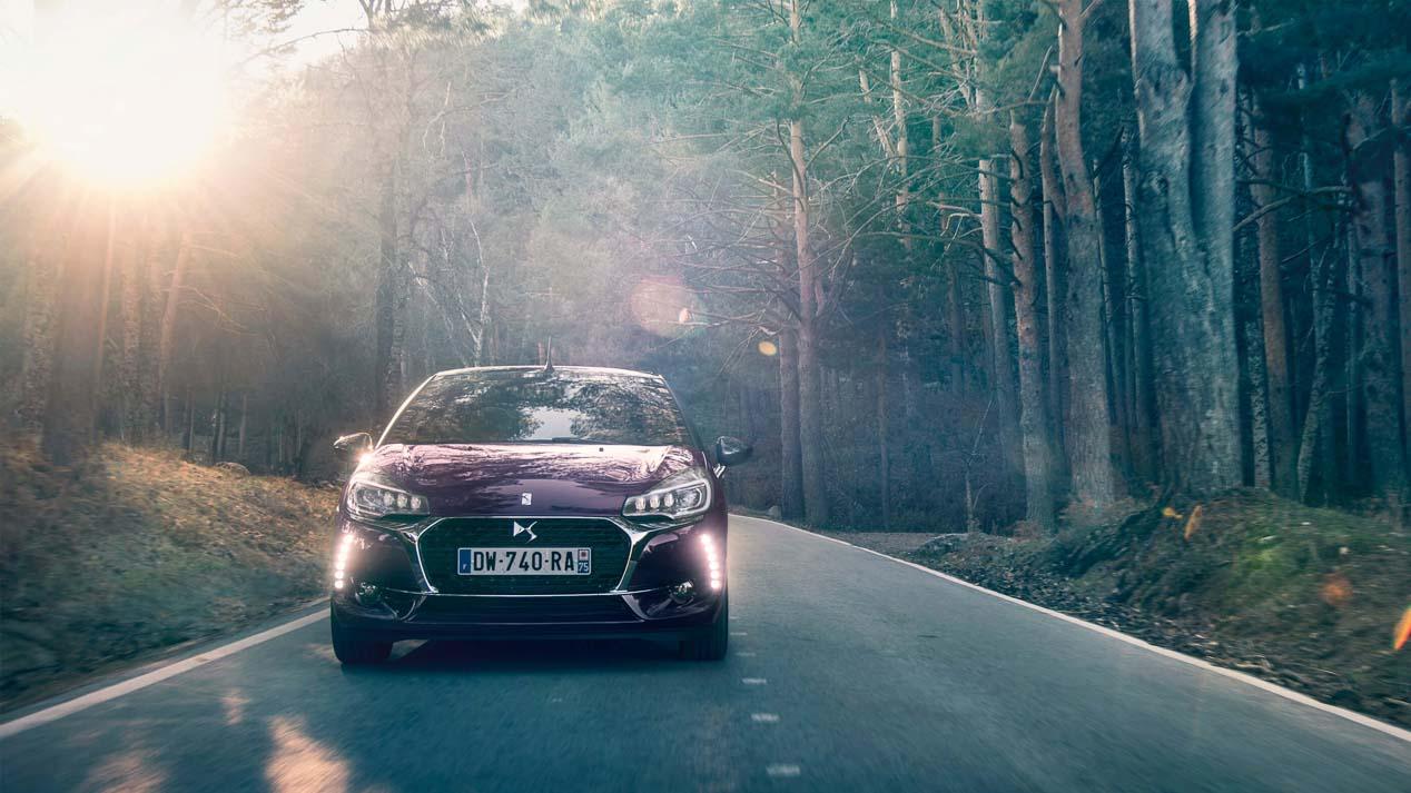 El DS3 Cabrio añade más personalización, conectividad y tecnología