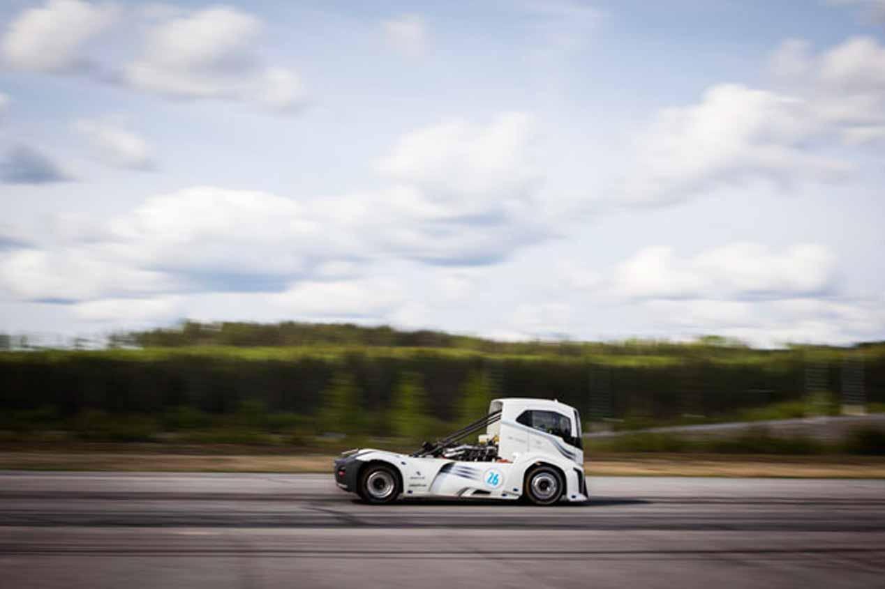 Volvo The Iron Knight: fotos del camíón más rápido del planeta