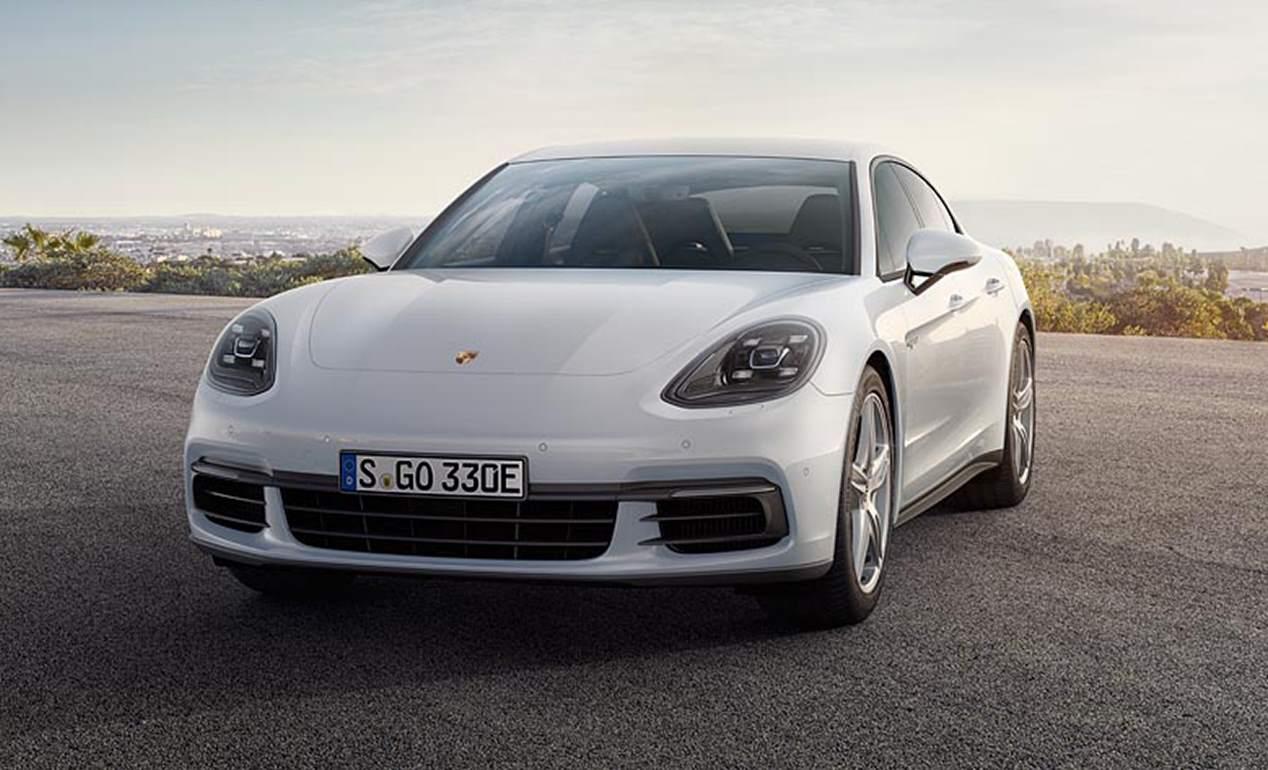 Porsche Panamera 4 E-Hybrid: estreno en el Salón de París