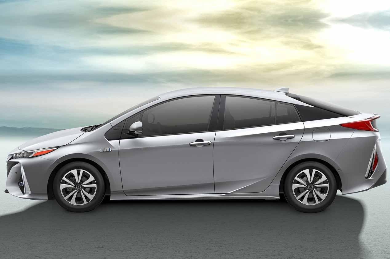 Toyota Prius enchufable 2017 en el Salón de París