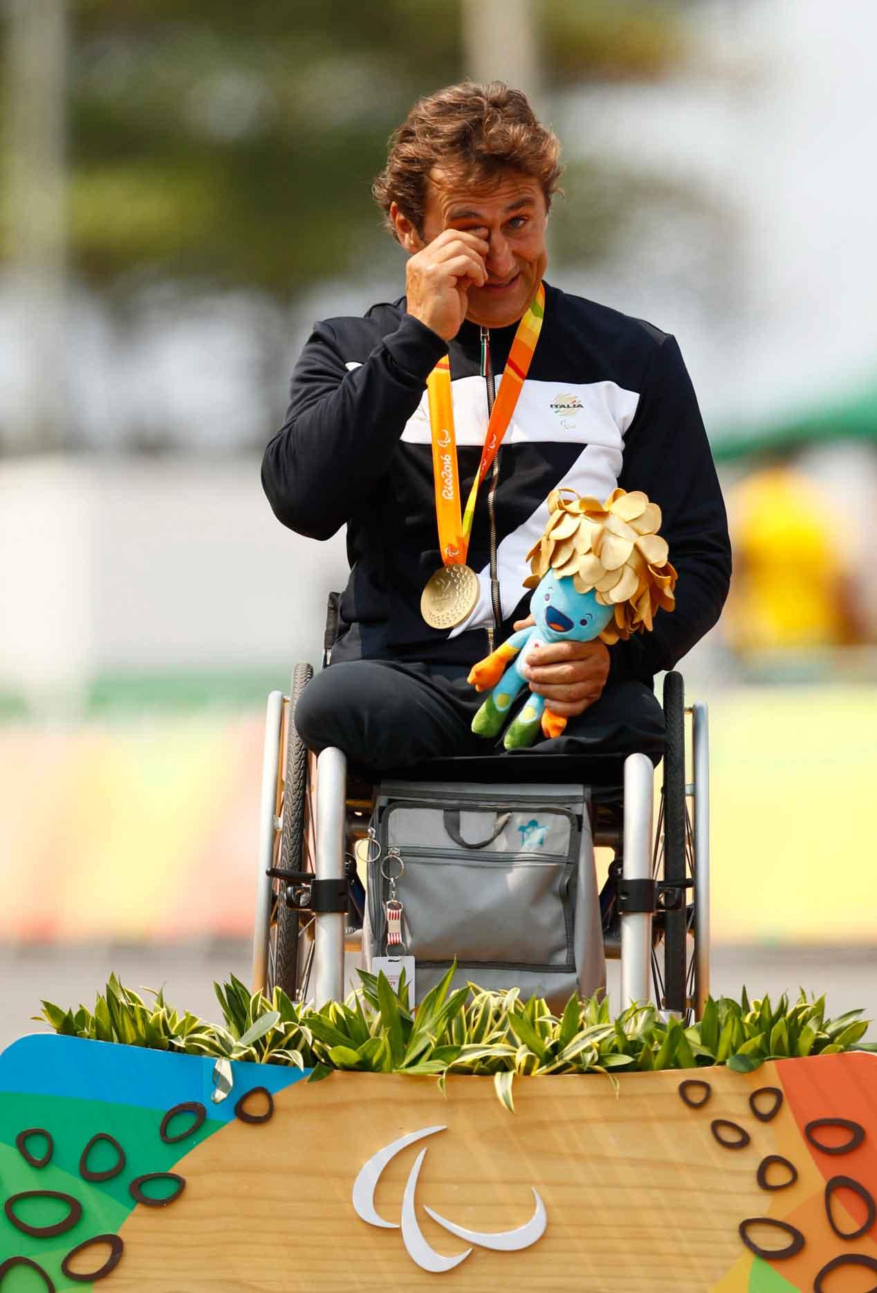 Zanardi, el expiloto que se pasó a los Juegos Paralímpicos, sigue ganando
