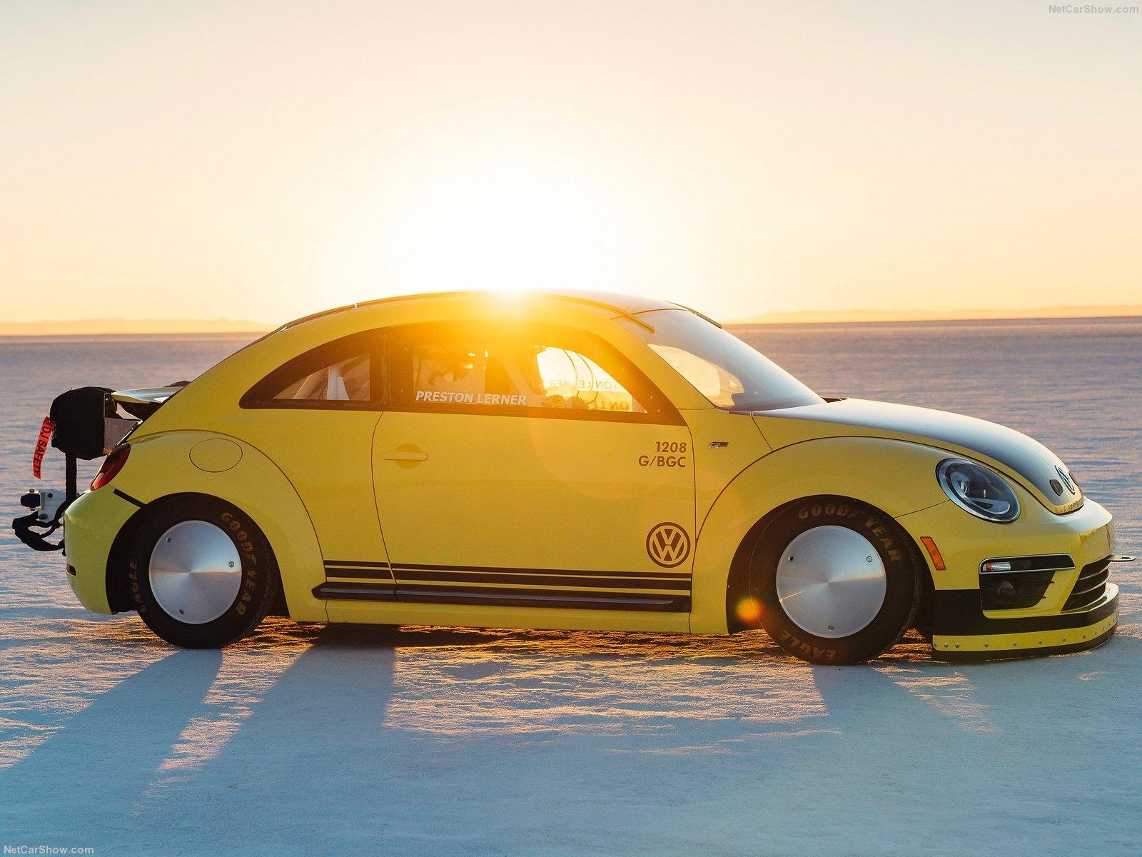 Un Volkswagen Beetle a más de 330 km/h