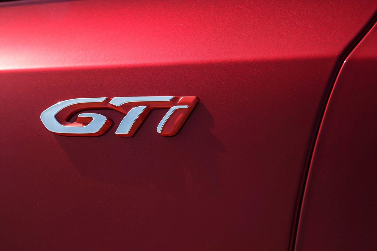 Peugeot 3008 GTI: primeras fotos y datos