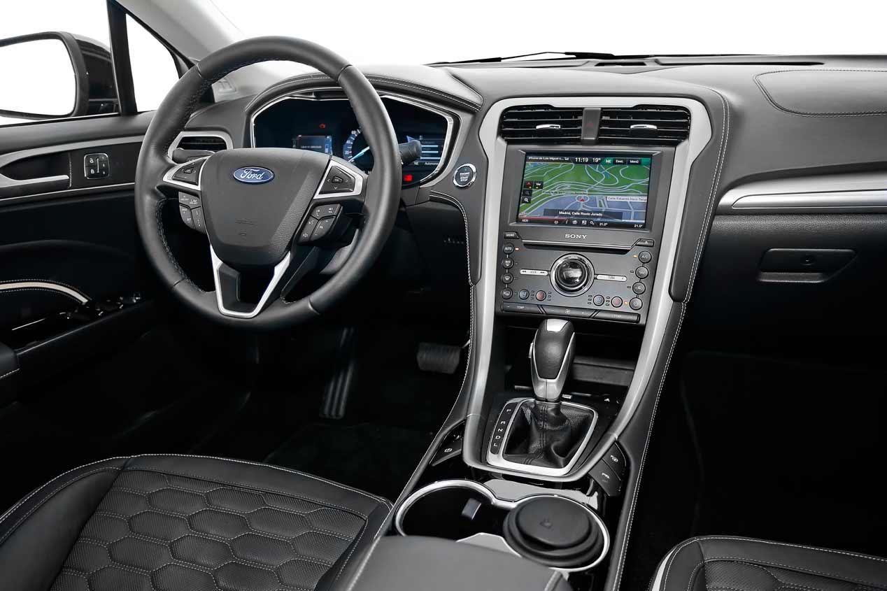 Prueba del nuevo Ford Mondeo HEV híbrido, en fotos