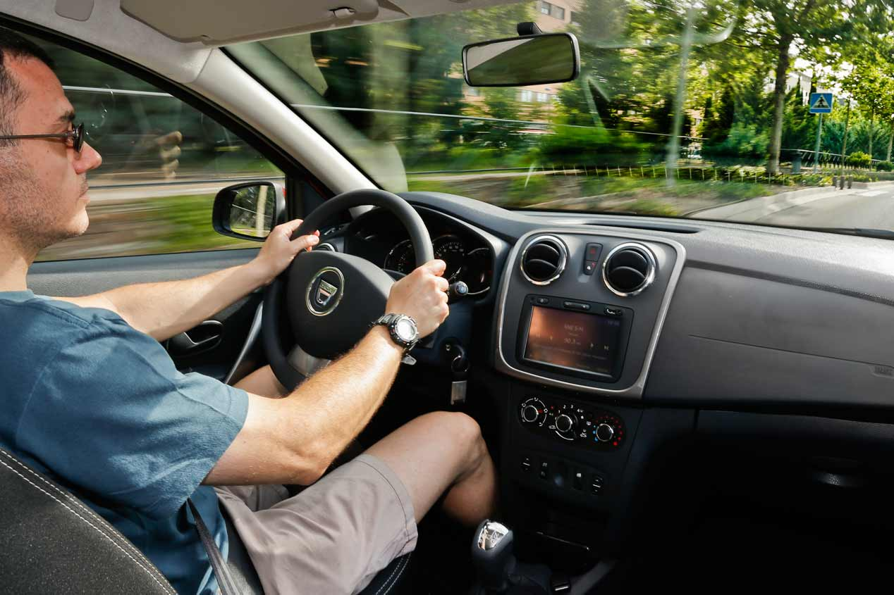 Dacia Sandero Easy-R dCi 90 CV, sus mejores fotos