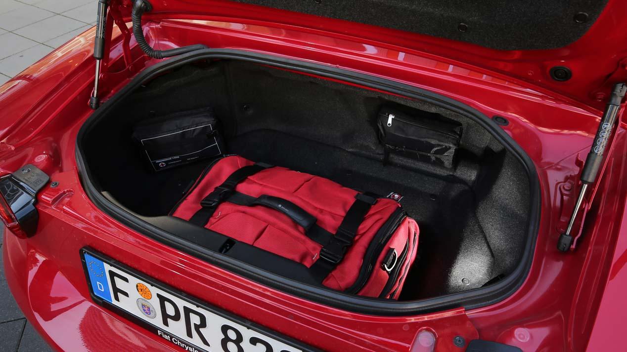 Fiat 124 Spider, conducimos el roadster italiano