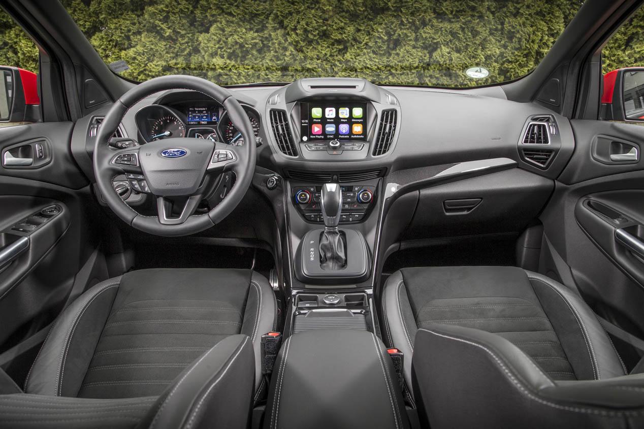 Ford Kuga 2017, al volante de su actualización