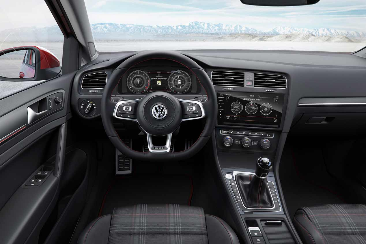 VW Golf 2017 interior