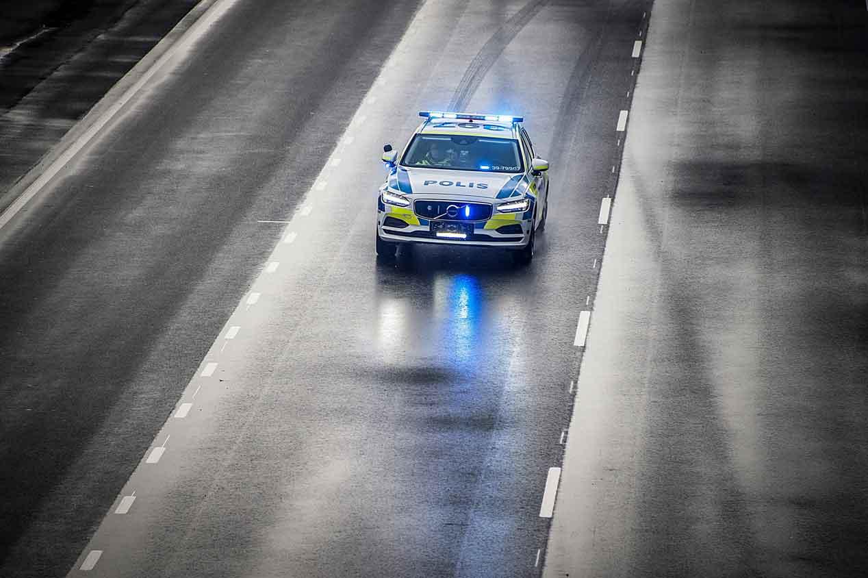 Ford Mustang y Volvo V90: nuevos coches para las fuerzas del orden