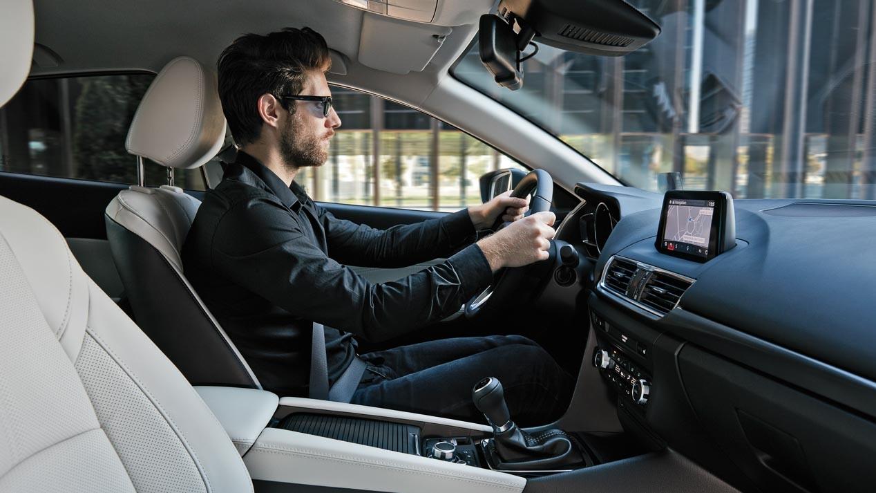 Mazda3 2017, ya a la venta en España