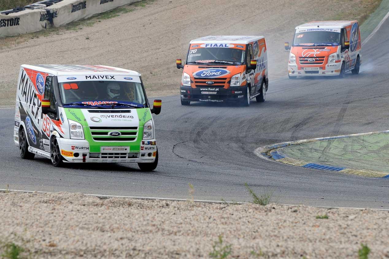 La carrera Ford Transit Trophy, en fotos