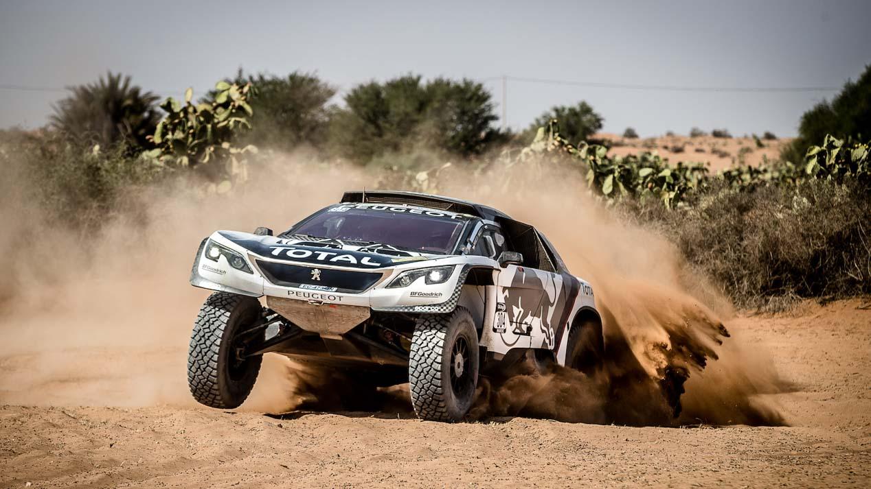 30 años de Peugeot en el Dakar