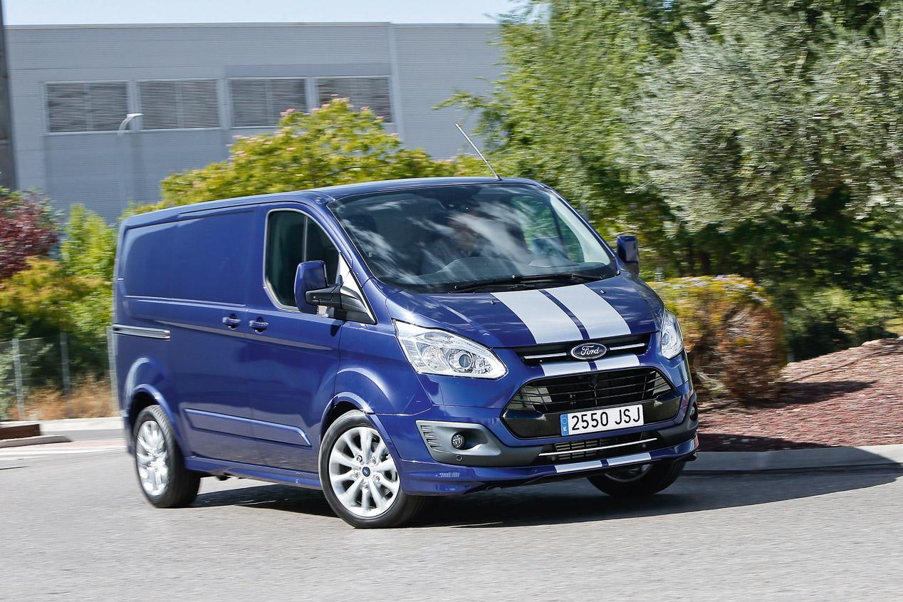 Ford Transit Custom Van Sport, en fotos