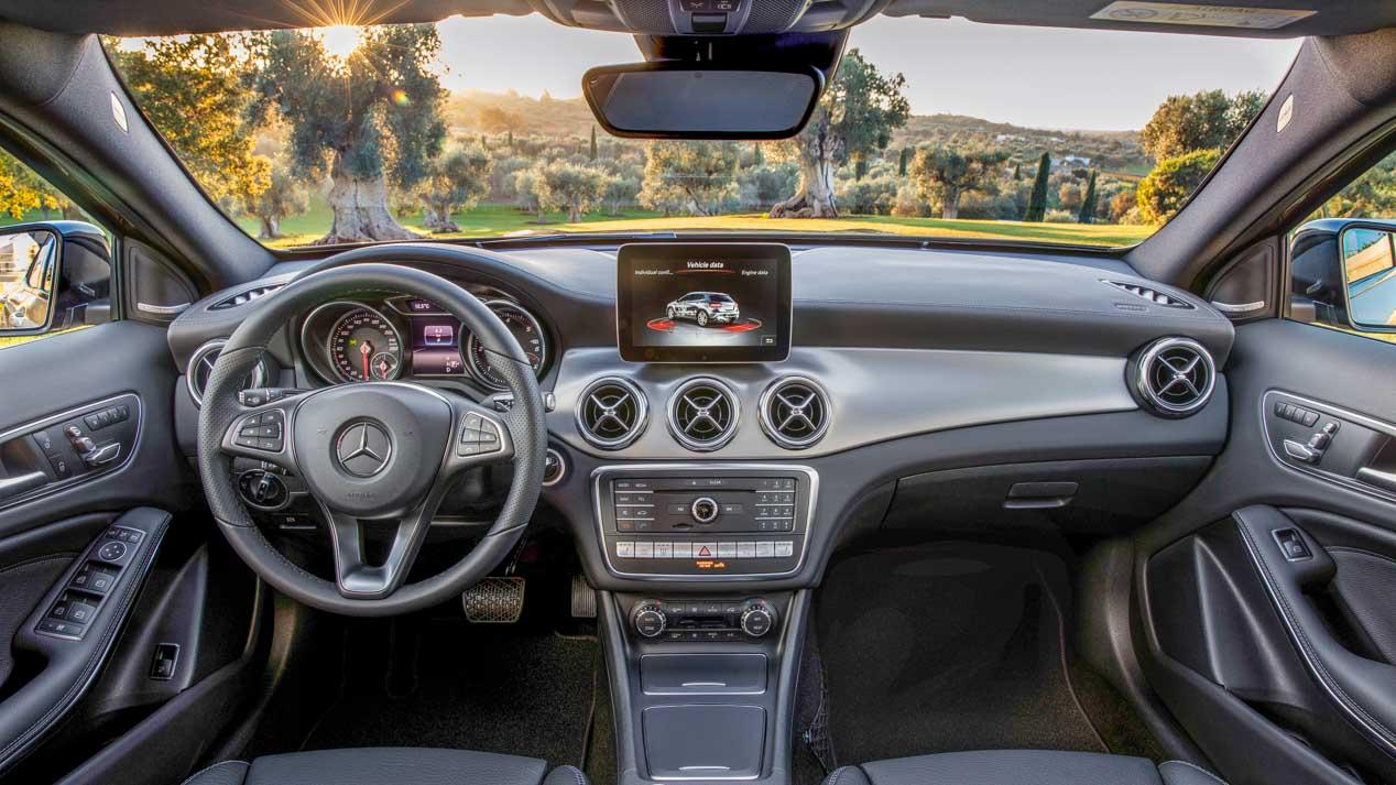 Mercedes GLA 2017, el SUV compacto se renueva