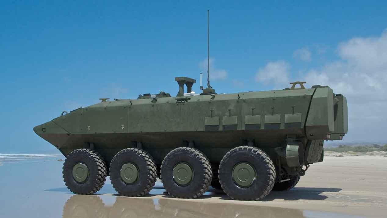 El vehículo militar anfibio al que nada se le pone por delante