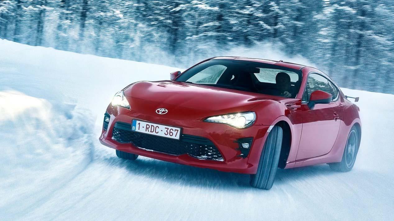 Toyota GT86 2017: prueba en la nieve